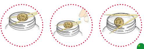 简单的儿童物理小实验:自己落水的硬币【吸水膨胀小实验】