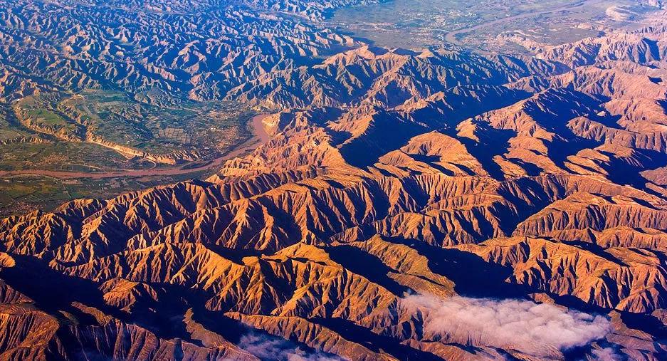 我国的四大高原是哪四个高原?其中黄土高原的范围占多少?插图(5)