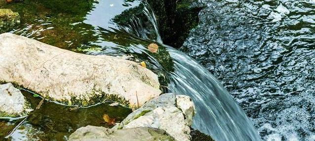 江河里的水是从哪儿来的(地球上水的来源)插图(1)