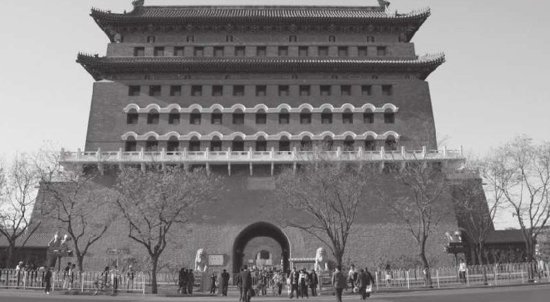 """北京的前门大街是明清时期最繁华的商业街,有人说前门曾经是""""纸糊的"""",这是真的吗?(前门大街历史文化)插图"""