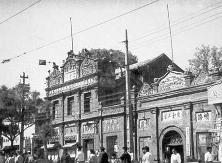 """北京的前门大街是明清时期最繁华的商业街,有人说前门曾经是""""纸糊的"""",这是真的吗?(前门大街历史文化)插图(4)"""