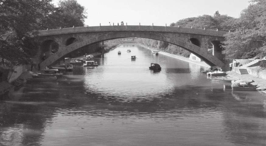 """河北民歌《小放牛》中说:""""赵州桥鲁班爷修,玉石栏杆圣人留。""""赵州桥真是鲁班修的吗?(赵州桥是谁建造的)插图"""