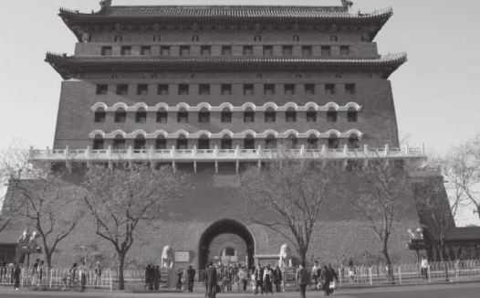 """北京的前门大街是明清时期最繁华的商业街,有人说前门曾经是""""纸糊的"""",这是真的吗?(前门大街历史文化)"""